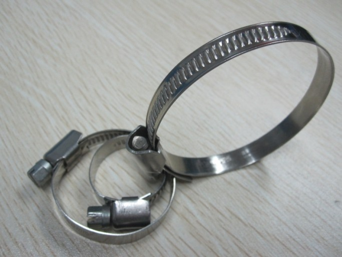 metal tubing clamps